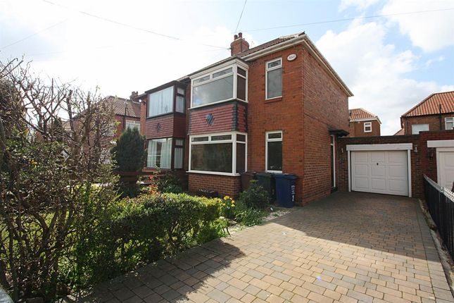 Thumbnail Terraced house to rent in Radcliffe Place, Newcastle Upon Tyne