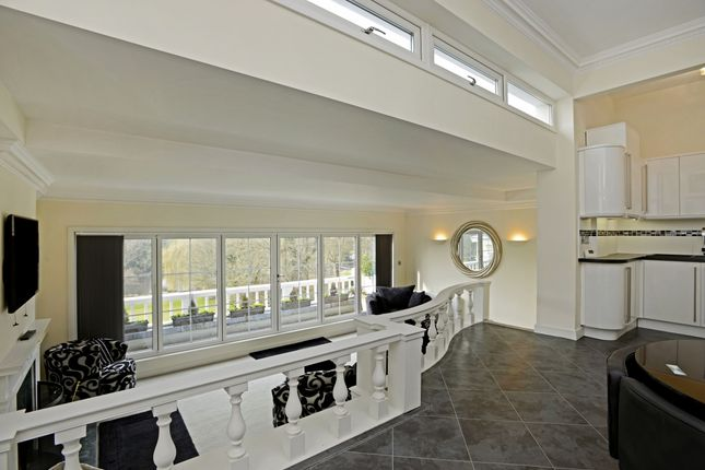 Thumbnail Flat to rent in Loudwater Drive, Loudwater, Rickmansworth