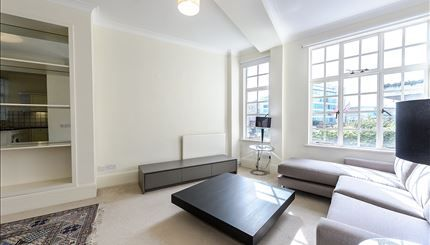Reception-Room of Strathmore Court, Park Road, London NW8