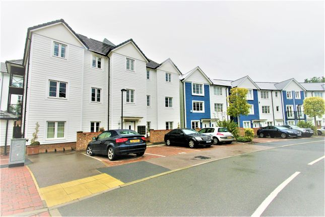 Thumbnail Flat for sale in Redbud Road, Tonbridge