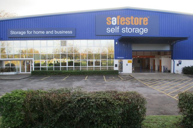 Thumbnail Warehouse to let in Safestore Self Storage, Richmond Road, Dukes Park Industrial Est, Chelmsford