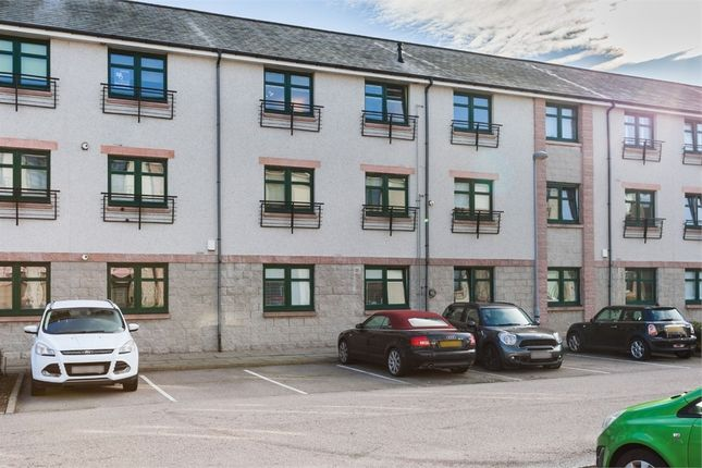 Thumbnail Flat for sale in Grandholm Crescent, Bridge Of Don, Aberdeen
