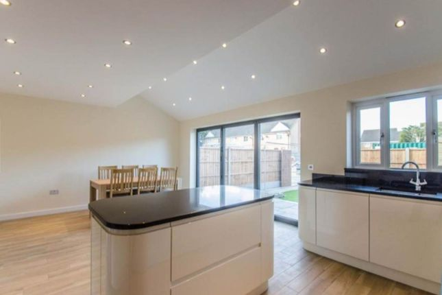 Thumbnail Terraced house for sale in Hitchin Road, Arlesey