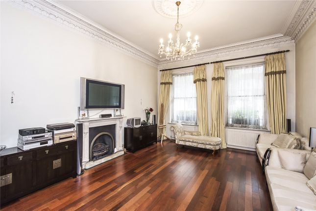 Thumbnail Flat for sale in Palace Gate, London