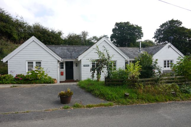 4 bed bungalow for sale in School Lane, Easton, Suffolk IP13