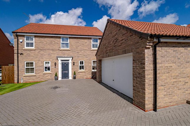 Thumbnail Detached house for sale in Goldy Wood Avenue, Skirlaugh, Hull