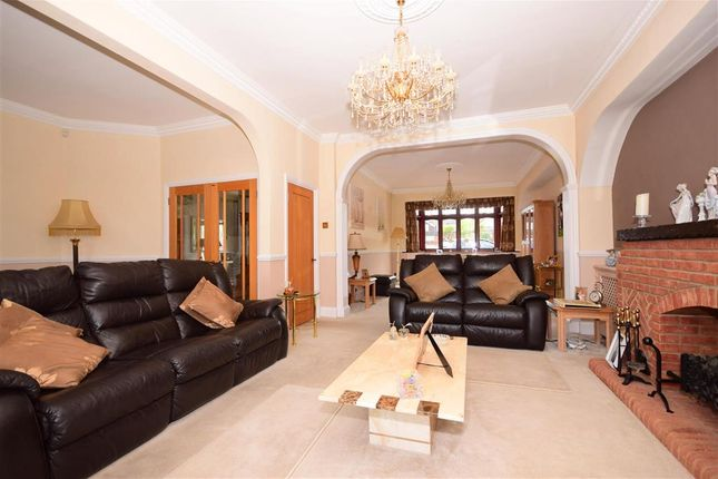Thumbnail Detached house for sale in Oak Hill Road, Stapleford Abbotts, Essex