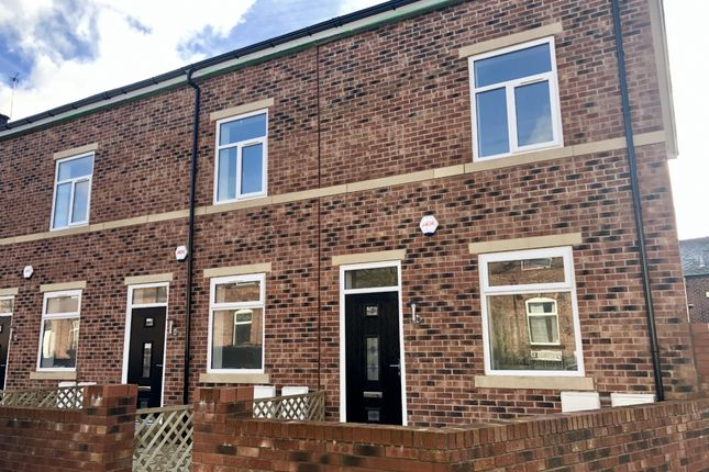 Thumbnail Town house for sale in Shaw Street, Bury