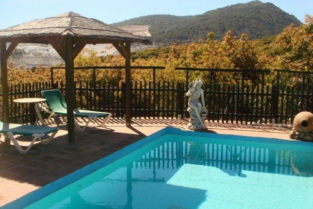 4 bed villa for sale in 29100 Coín, Málaga, Spain