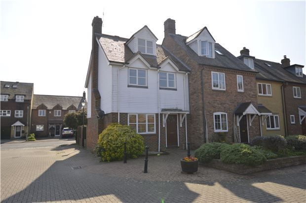 Thumbnail Terraced house for sale in Fishermans Wharf, Abingdon, Oxfordshire
