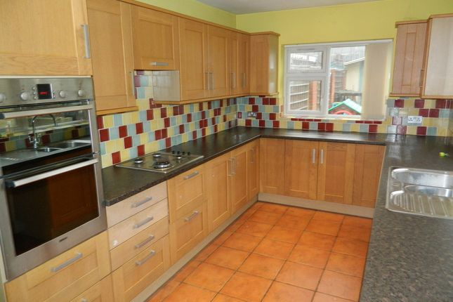 Thumbnail End terrace house to rent in Stanhope Road, Burnham, Berkshire