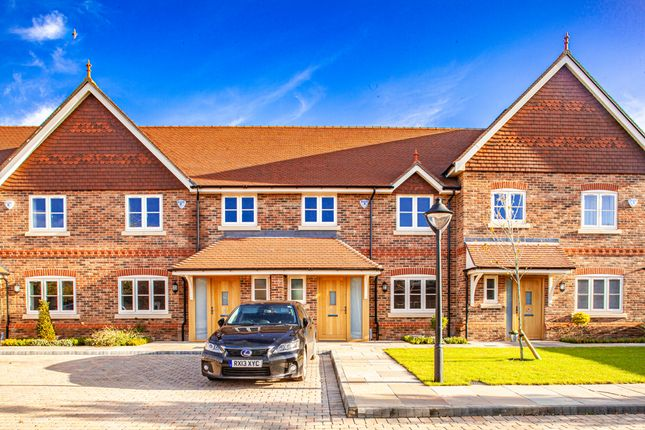 Thumbnail Property to rent in 6 Kings Mews, Goring On Thames