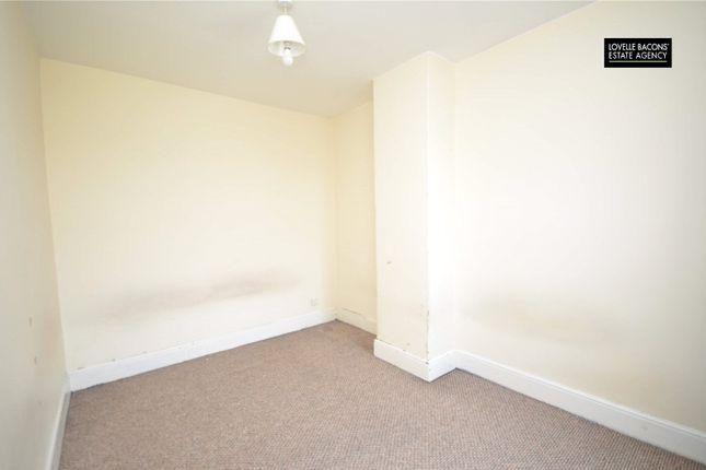 Picture No. 03 of Elsenham Road, Grimsby, N E Lincs DN31