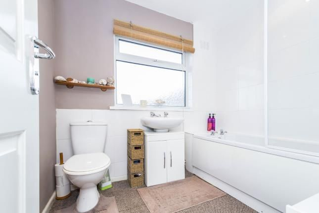 Bathroom of Lowland Avenue, Leicester Forest East, Leicester, Leicestershire LE3