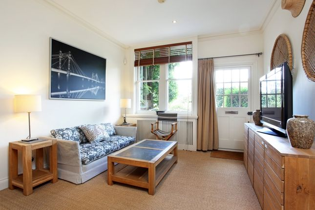 Thumbnail Flat to rent in Horton Road, Staines-Upon-Thames