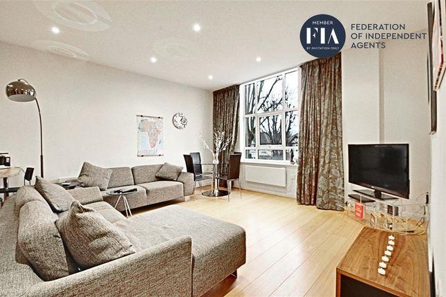 2 bed flat to rent in Bromyard House, Bromyard Avenue, Acton W3