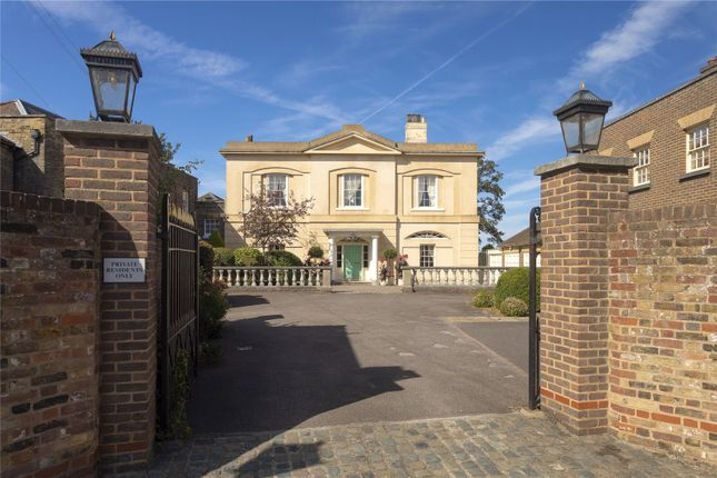 Thumbnail Detached house for sale in St. Margarets Street, Rochester, Kent