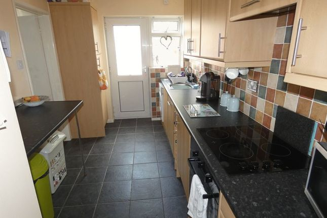 Kitchen of Gayle Road, Tattershall, Lincoln LN4