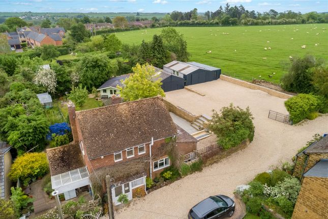 Thumbnail Country house for sale in Harrisville Lane, Steeple Aston, Bicester, Oxfordshire