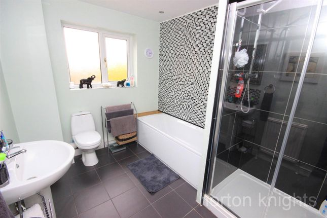 Bathroom of Fairford Close, Cantley, Doncaster DN4