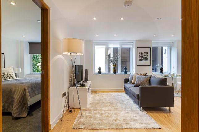 Thumbnail Flat to rent in Fetter Lane, London