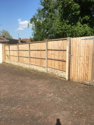 Private Gated Access To Garden