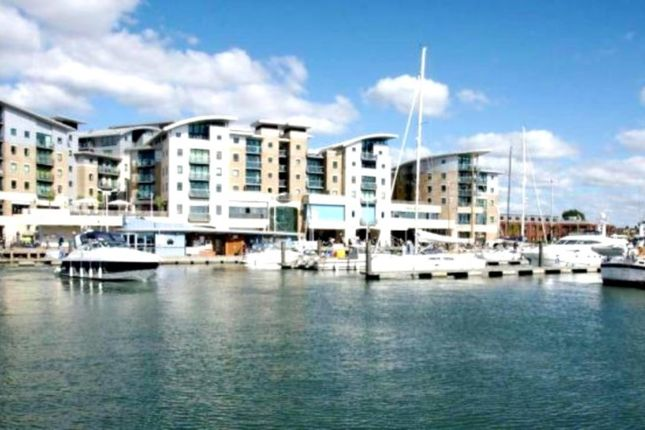 Thumbnail Flat for sale in Dolphin Quays, Poole, Dorset