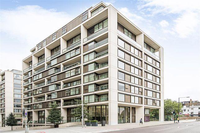 Thumbnail Flat To Rent In Kensington High Street London