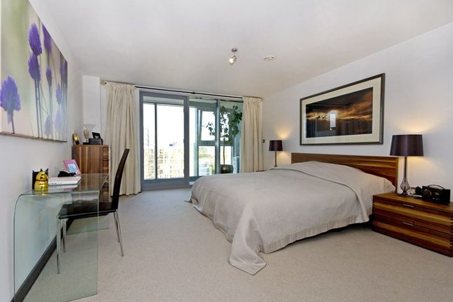 Thumbnail Flat for sale in Altura Tower, Bridges Wharf