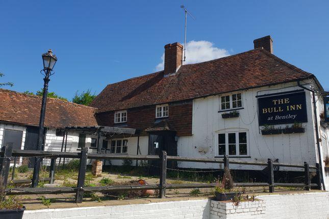 Thumbnail Pub/bar for sale in Alton Road, Bentley, Farnham