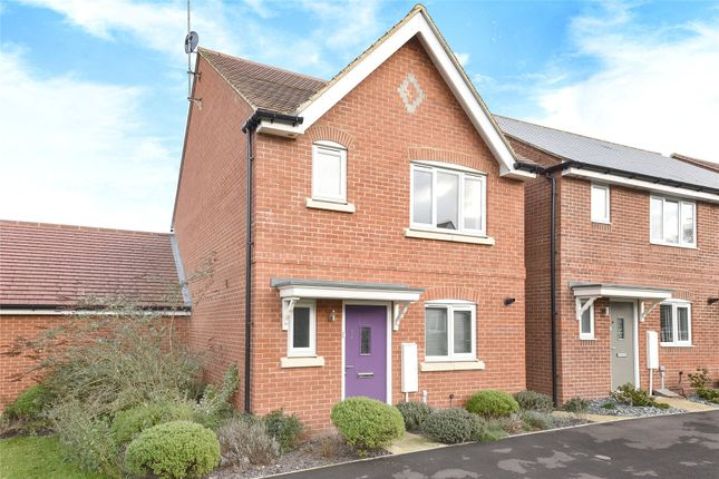 Thumbnail Detached house for sale in Elk Path, Three Mile Cross, Reading, Berkshire