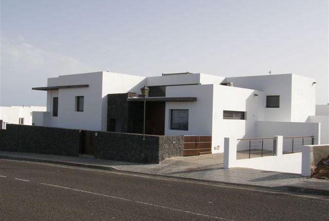 Thumbnail Villa for sale in Cortijo Vega, Puerto Calero, Lanzarote, 35572, Spain