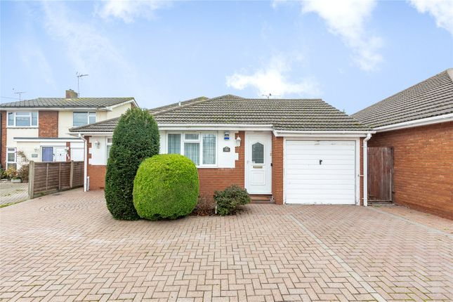 2 bed bungalow for sale in Plumberow Avenue, Hockley SS5