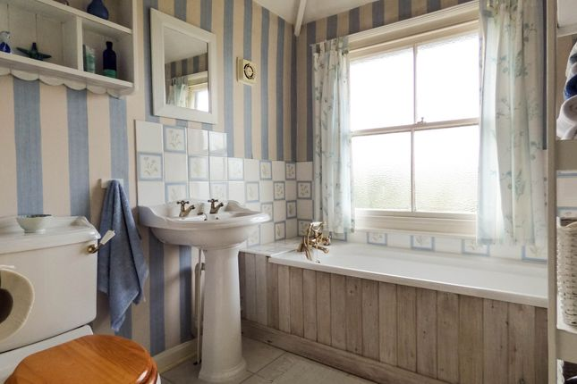 Bathroom of St. Georges Hill, Bathampton, Bath BA2