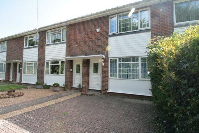2 bed terraced house to rent in Timberleys, Littlehampton BN17