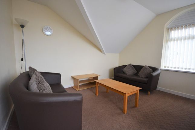 Property to rent in Phillips Parade, Swansea