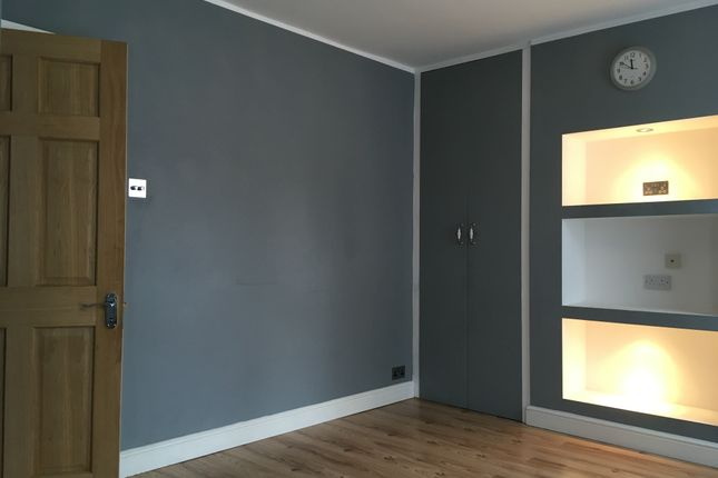 Thumbnail Terraced house to rent in St Peters Road, London