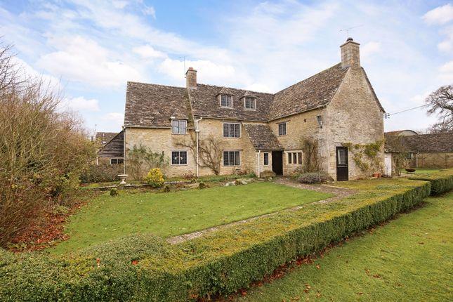 Thumbnail Farmhouse to rent in Oaksey, Malmesbury