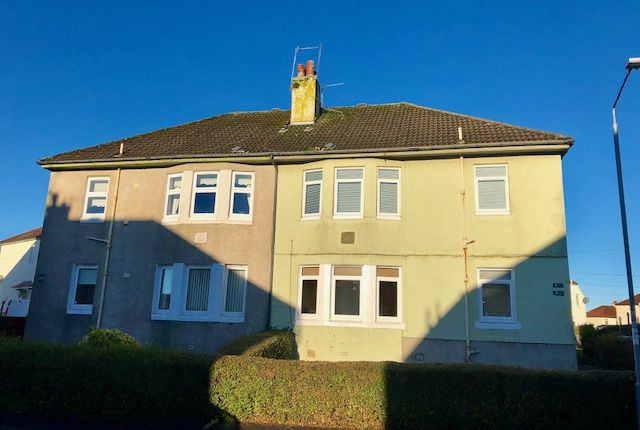 Thumbnail Flat to rent in Lochfield Crescent, Paisley