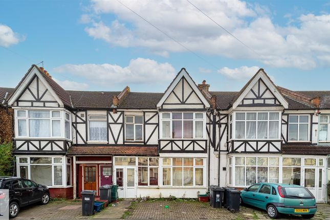 Thumbnail Terraced house for sale in Bulstrode Avenue, Hounslow