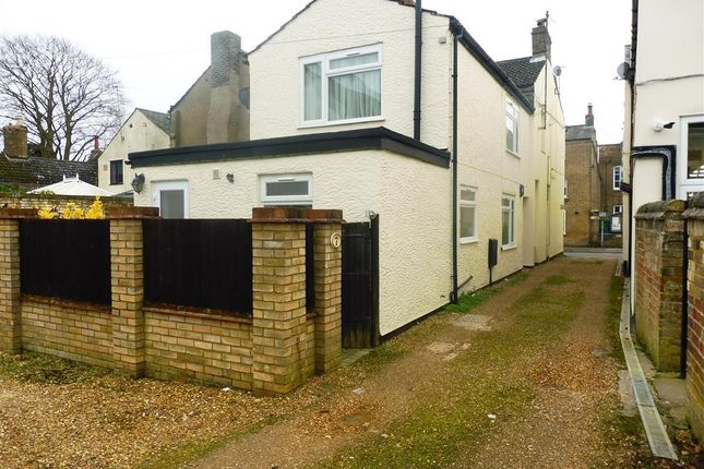 Thumbnail Property to rent in High Street, Somersham, Huntingdon