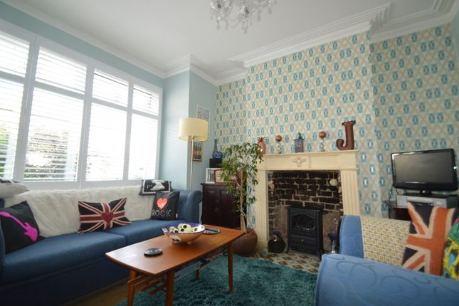 Thumbnail Terraced house for sale in Flaxton Road, Plumstead