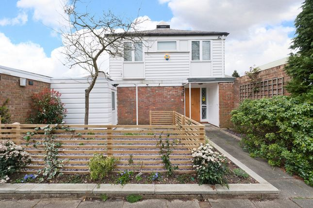 Thumbnail Detached house for sale in Walkerscroft Mead, Dulwich, London
