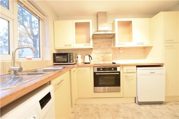 Flat to rent in Jenyns Court, Abingdon