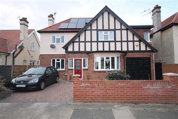 Thumbnail Property for sale in Clarendon Park, Clacton-On-Sea