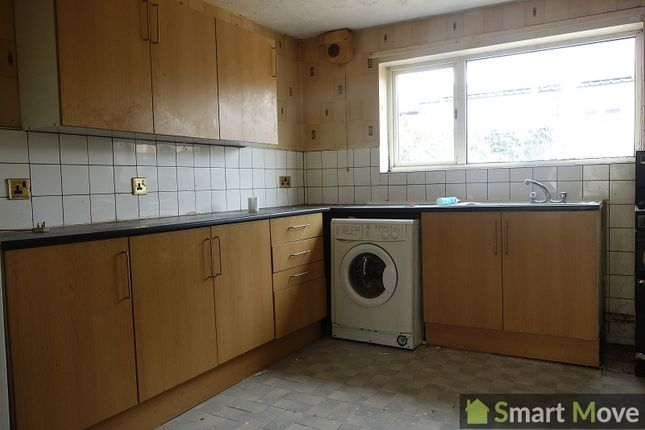 3 bed end terrace house to rent in Branston Rise, Peterborough, Cambridgeshire. PE1