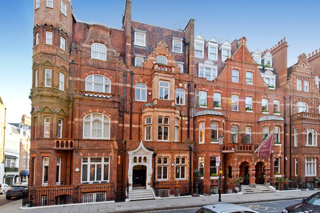 Thumbnail Flat for sale in Draycott Place, Chelsea, London