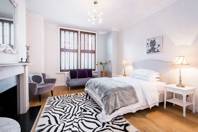 Thumbnail Flat to rent in Lanhill Road, London