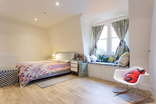 Bedroom 2 of Gladsmuir Road, Whitehall Park N19