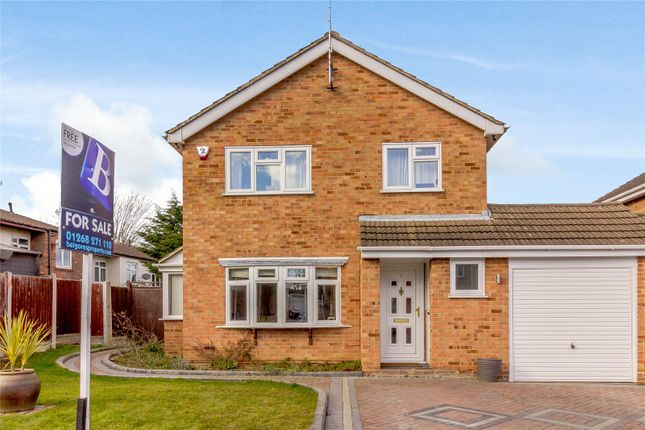 Thumbnail Detached house for sale in Cumberland Drive, Basildon, Essex